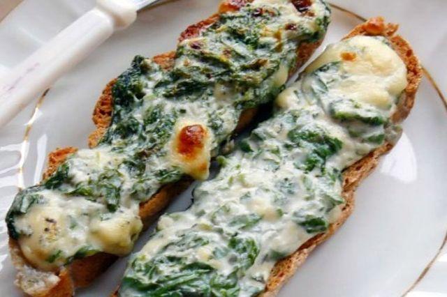 Болгарская паста из орехов и сыра