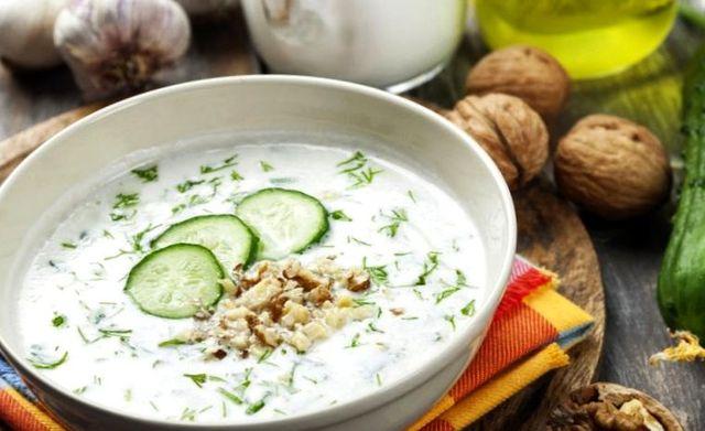 Холодный болгарский суп Таратор