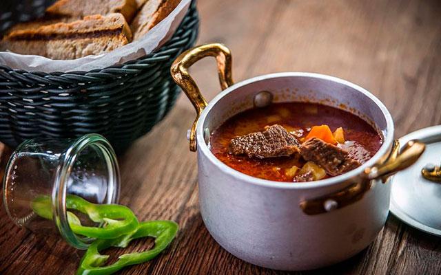 Знаменитый суп Венгрии