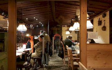 Ресторан Tiroler Weinstube