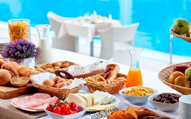Завтрак на островах