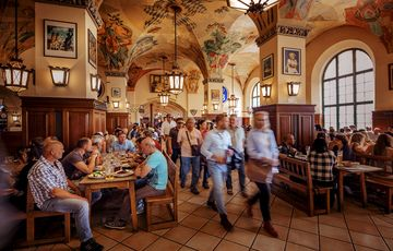 Пивной ресторан Hofbräuhaus