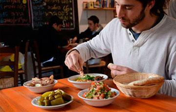 Недорогая закусочная в Иерусалиме