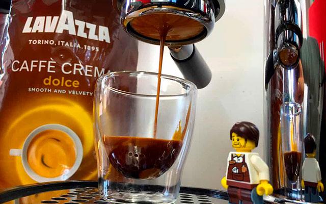 Популярный кофе Lavazza