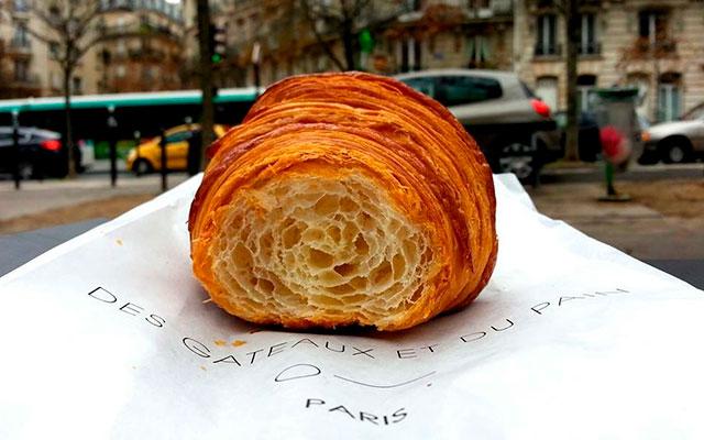 Французский круассан