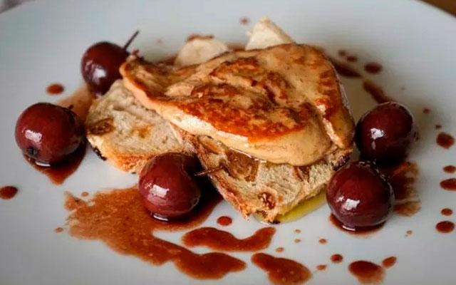 Изысканное блюдо из фуа-гра