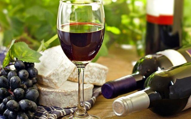 Vin, сувенир из Франции