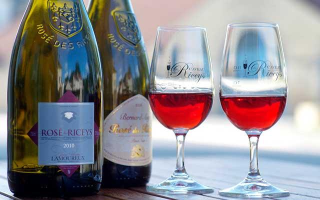 Розовое вино из Шампани