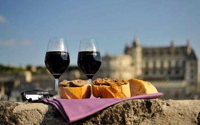 Какое вино привезти из франции