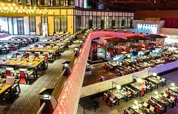 Большой ресторан Цинь в Спб
